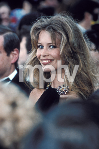 Claudia Schiffer arriving at the 65th Annual Academy Awards1993 © 1993 Jonathan Nourok - Image 7721_0002