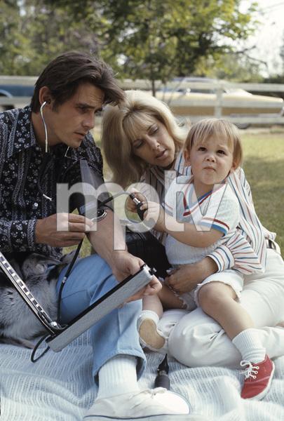 James Brolin with wife Jane Cameron Agee and son Josh Brolin1970 © 1978 Gene Trindl - Image 7729_0014
