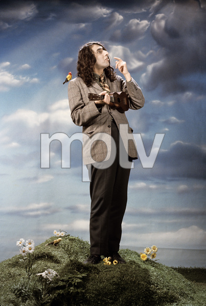 "Tiny Tim at the photo shoot for his album ""God Bless Tiny Tim""1968 © 1978 Ed Thrasher - Image 7943_0020"