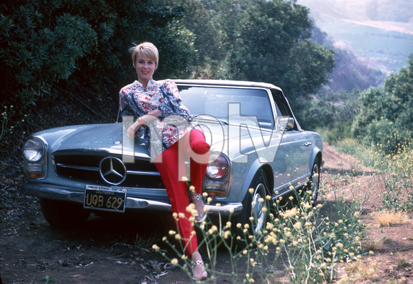 Cheryl MillerWith Her Mercedes Benz 280 SL1969Photo By Herm Lewis - Image 7957_0001