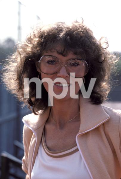 Barbara Feldon1978** H.L.  - Image 7988_0006