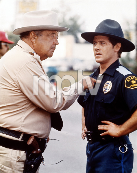 """""""Smokey and the Bandit""""Jackie Gleason1977 Universal Pictures** I.V. / M.T. - Image 8209_0022"""