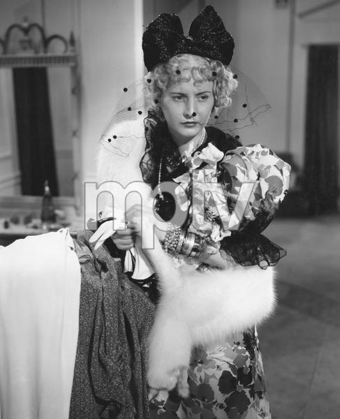 Barbara Stanwyck,  STELLA DALLAS, Goldwyn, 1937, I.V. - Image 8254_0024