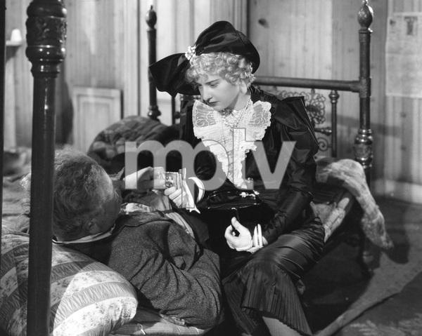 Barbara Stanwyck, Alan Hale,  STELLA DALLAS, Goldwyn, 1937, I.V. - Image 8254_0025