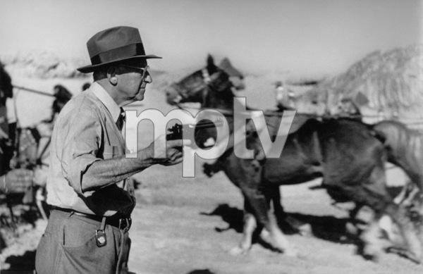 Cecil B. DeMilleFilm SetTen Commandments, The (1956) © 1978 Ken Whitmore0049833Paramount - Image 8340_0041