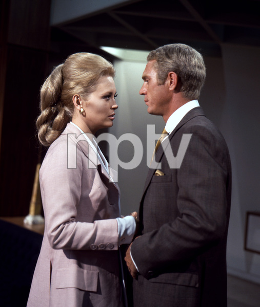 Faye Dunaway, Steve McQueen, THE THOMAS CROWN AFFAIR, UA, 1968, I.V. - Image 8384_0234