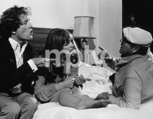 """Touch Of Class, A""George Segal, Glenda Jackson,and Director Mel Frank.1973 / AVCO © 1978 John Jay - Image 8421_0006"