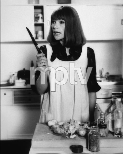 """""""Touch Of Class, A""""Glenda Jackson1973 / AVCO © 1978 John Jay - Image 8421_0009"""