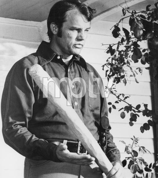 """""""Walking Tall""""Joe Don Baker © 1973 BCP Productions - Image 8511_0001"""