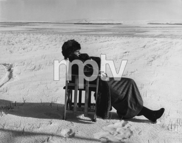 """Doctor Zhivago""Julie Christie on the setMGM 1965** L.C. - Image 8849_0007"
