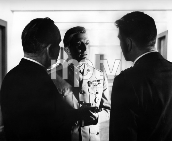 """Seven Days in May""Fredric March, Kirk Douglas, Burt Lancaster1964 Paramount Pictures - Image 9027_0041"
