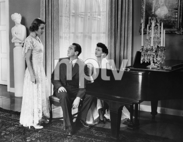"""The Great Gatsby""Betty Field, Macdonald Carey, Ruth Hussey1949 Paramount Pictures - Image 9120_0012"