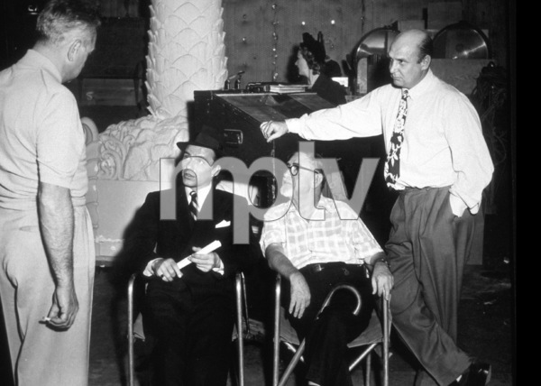 """The Joker Is Wild""Frank Sinatra, Swifty Morgan, Dir. Charles Vidor1957 Paramount - Image 9191_0005"