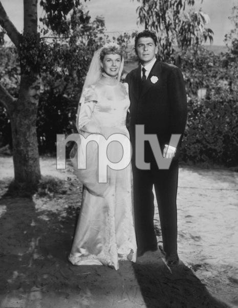 """The Winning Team""Ronald Reagan, Doris Day1952 Warner Bros.MPTV - Image 9209_0001"