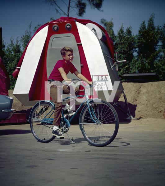Bicycles (Schwinn)circa 1970 / 20th Century Fox © 1978 Sid Avery - Image 9245_0006