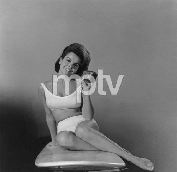 """Beach Party""Publicity shot of Annette Funicello1963 AIP © 1978 Sid Avery - Image 9281_0006"