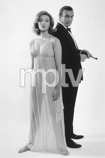"""""""From Russia With Love""""Daniela Bianchi, Sean Connery1963 UA**I.V. - Image 9451_0007"""