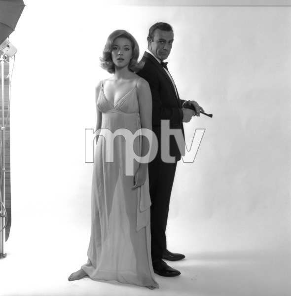 """From Russia with Love""Daniela Bianchi, Sean Connery1963 United Artists** I.V. - Image 9451_0021"