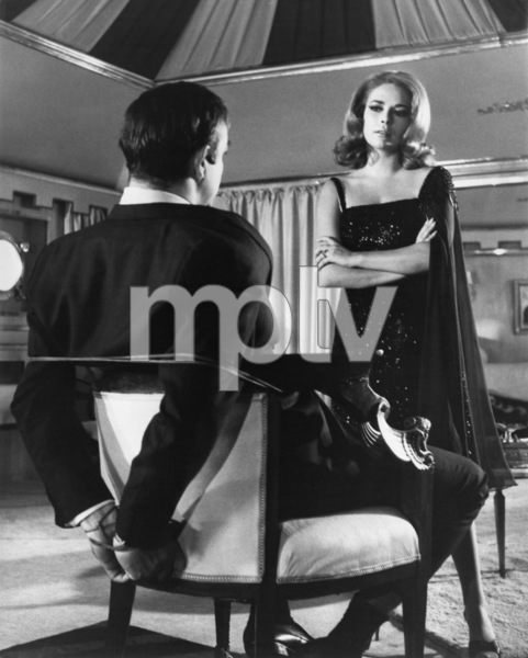"""""""You Only Live Twice""""Sean Connery, Karin Dor1967 UA - Image 9454_0011"""