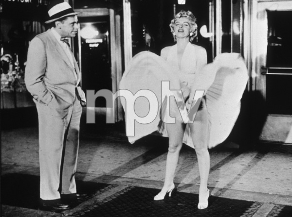 """The Seven Year Itch""Tom Ewell and Marilyn Monroe © 1955 20th Century Fox / MPTV  - Image 9554_0002"