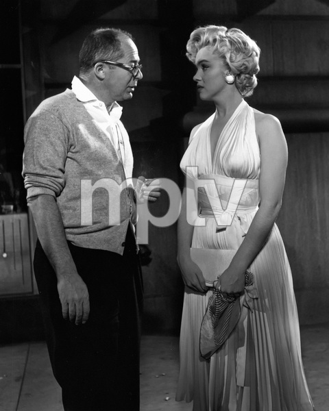 """""""The Seven Year Itch""""Director Billy Wilder, Marilyn Monroe1955 20th Century Fox** I.V. - Image 9554_0069"""