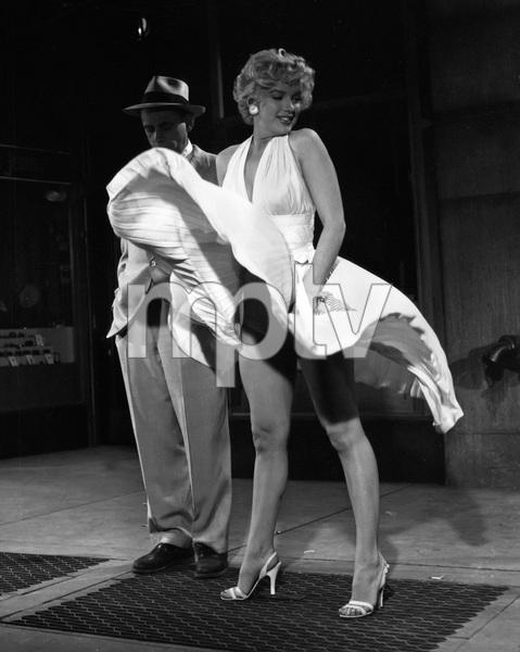 """The Seven Year Itch""Marilyn Monroe1955 20th Century Fox** I.V. - Image 9554_0075"