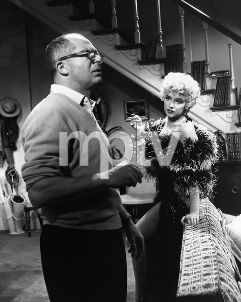 """The Seven Year Itch""Director Billy Wilder, Marilyn Monroe1955 20th Century Fox** I.V. - Image 9554_0077"