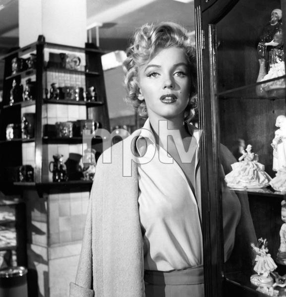 """Niagara""Marilyn Monroe1953 20th Century Fox** I.V. - Image 9558_0030"