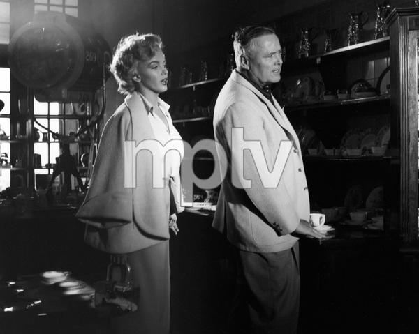 """Niagara""Marilyn Monroe, director Henry Hathaway1953 20th Century Fox** I.V. - Image 9558_0035"