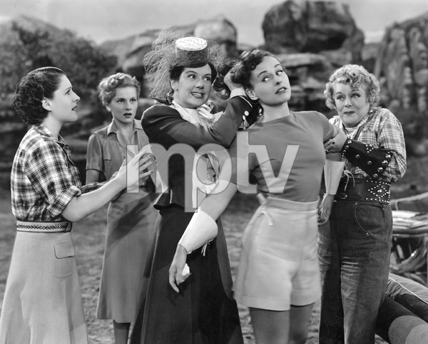 Norma Shearer, Joan Fontaine, Rosalind Russell, Paulette Goddard, Mary Boland, THE WOMEN, M-G-M, 1939, I.V. - Image 9583_0048