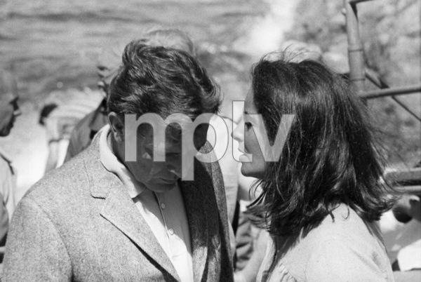 """The Sandpiper""Elizabeth Taylor, Richard Burton1965 MGM © 1978 Bernie Abramson - Image 9620_0030"