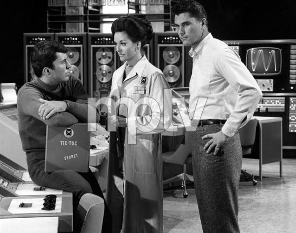 """The Time Tunnel""James Darren, Lee Meriwether, Robert Colbertc. 1966 / ** I.A. © Irwin Allen Properties, LLC and Twentieth Century Fox Film Corporation. All rights reserved - Image 9631_0021"