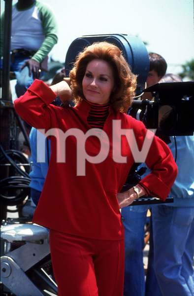 """Barnaby Jones""Lee Meriwether1974 CBSPhoto by Marv NewtonMPTV - Image 9736_0037"
