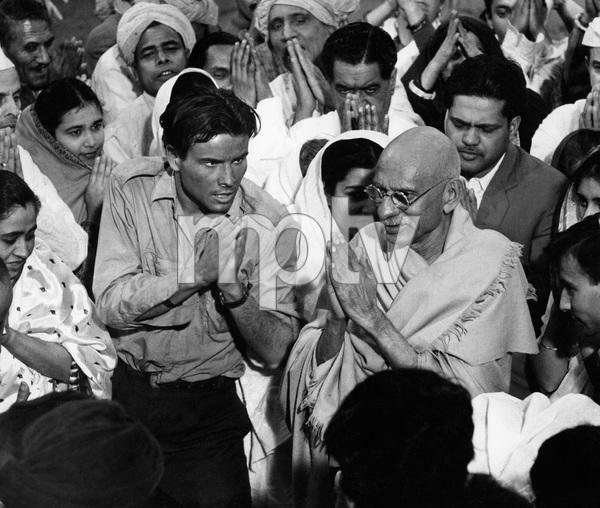 """Nine Hours to Rama""Horst Buchholz, J.S. Casshyap1963 20th Century Fox © 1978 Al St. Hilaire - Image 9891_0001"